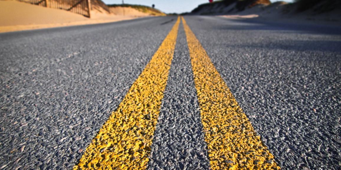 AMA brevetta l'eco-asfalto: dai rifiuti indifferenziati il tecnosuolo per strade e ciclabili